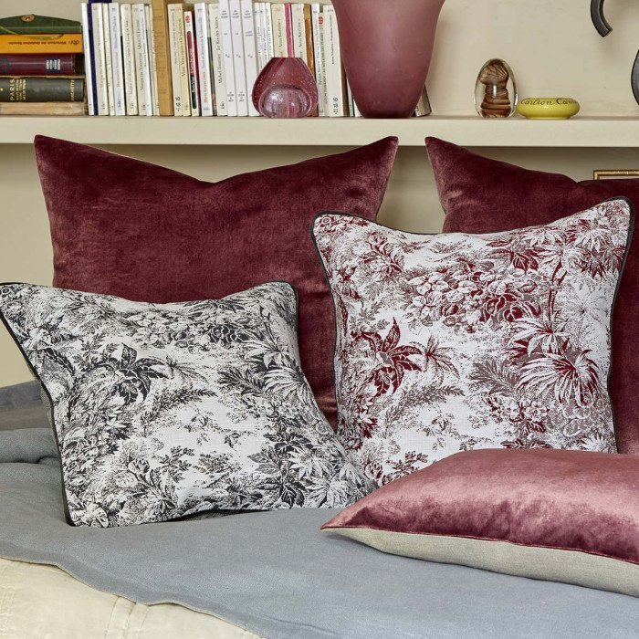 POUR TOUJOURS Cushion Cover