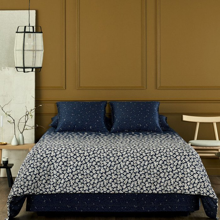 NUIT BLANCHE Bed Series