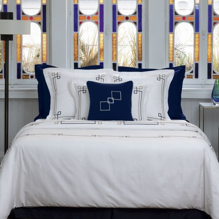 ESCALE Bed Series