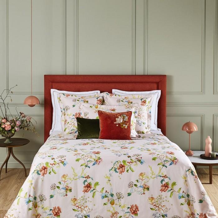 BAGATELLE Bed Series