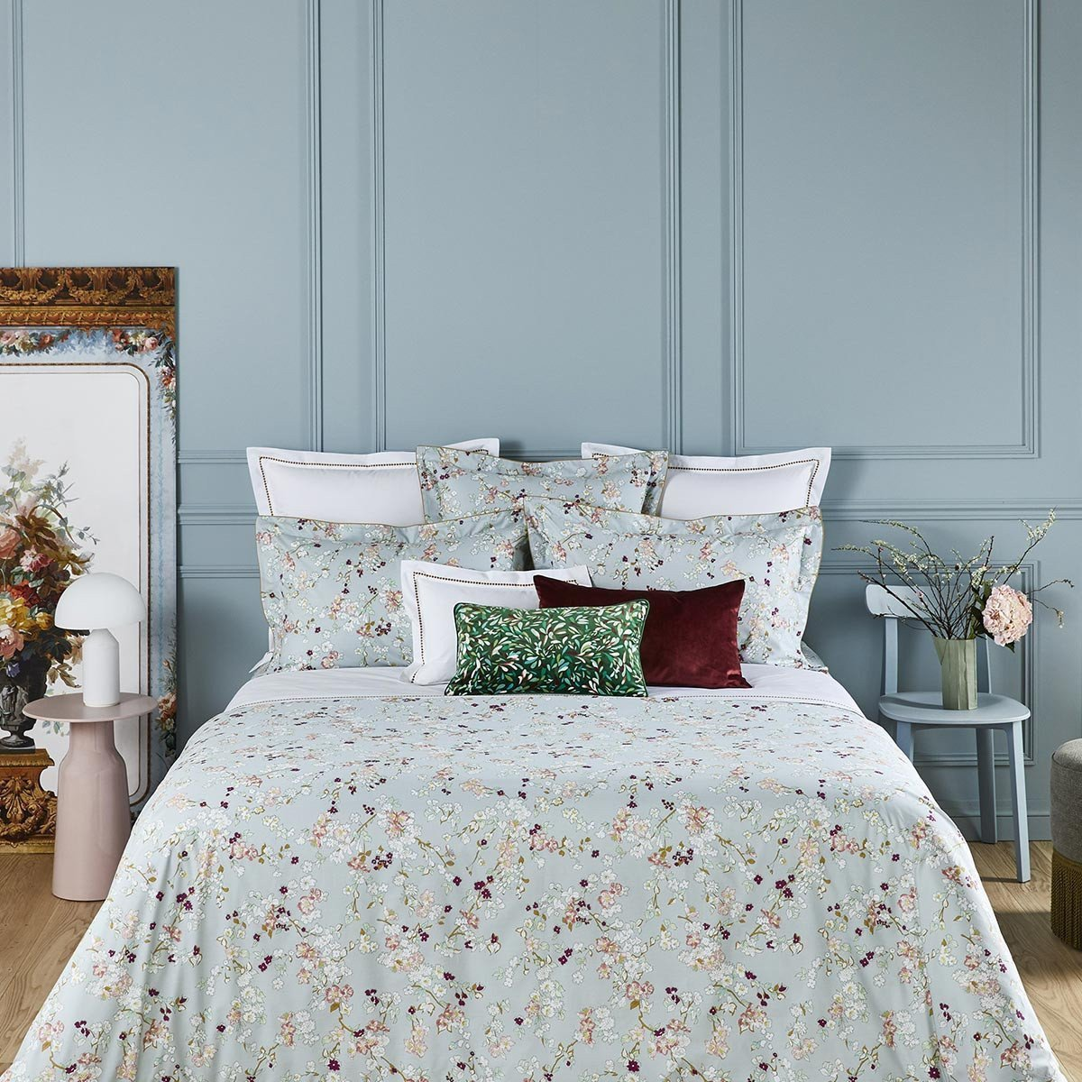BLOSSOM Bed Series