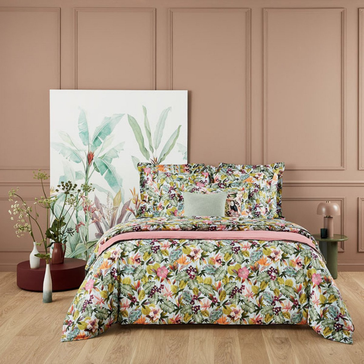 UTOPIA Bed Series