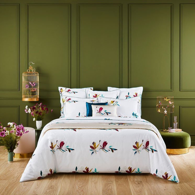 FOUGUE Bed Series