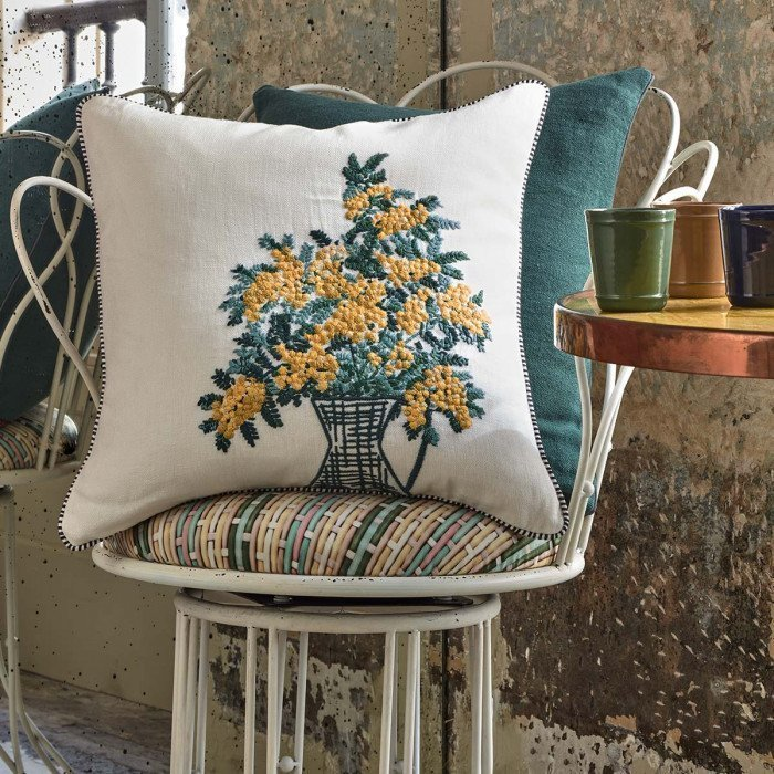 Iosis-Mimosa-Blanc-Cushion Cover-Lifestyle